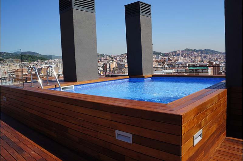 Exclusivo tico con piscina solarium y parking en la zona - Atico con piscina ...