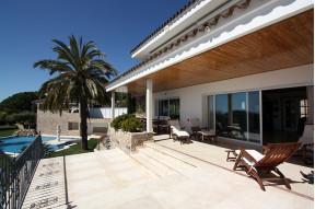 Fantastica Villa con vistas a todo el litoral del Maresme