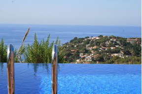Attractive house for sale with magnificent sea views in Lloret de Mar