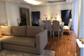 Apartment in perfect condition, situated very close to Turó Park in Barcelona's exclusive Zona Alta